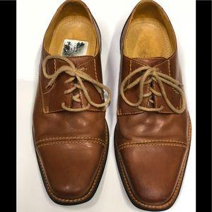 Sandro Moscoloni Men's size 9D cap toe dress shoe
